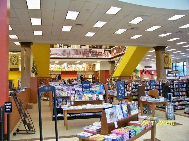 Barnes & Noble - Rowan University